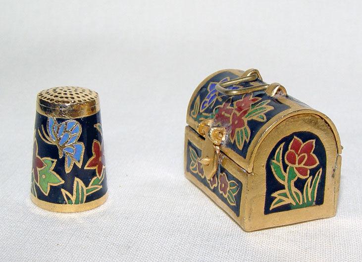 Image de Thimble flowers with case