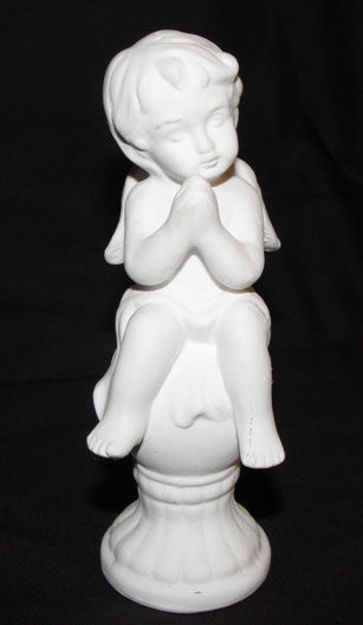Image de White praying angel